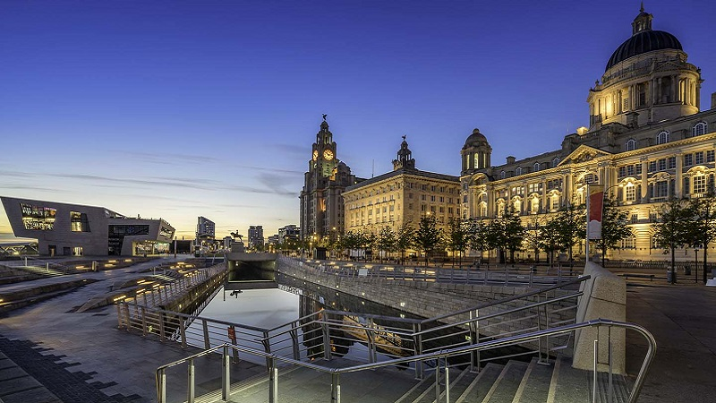 Fim de dia em Liverpool